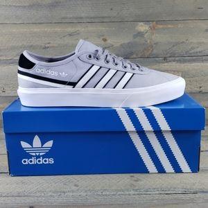 NEW adidas Delpala Canvas Casual Classic Sneaker